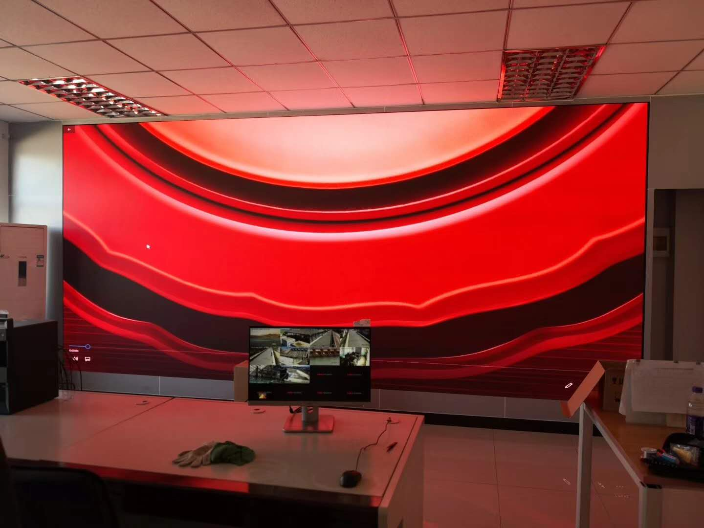 BAKO P1.8 small pitch LED display in Beijing